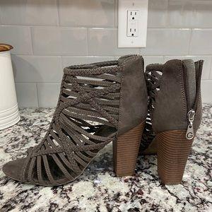 Guess Heels 👠 ✨